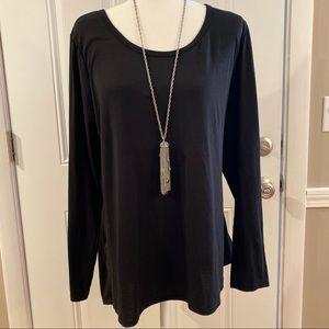 2/$15 or 3/$20- LLR Lynnae black shirt